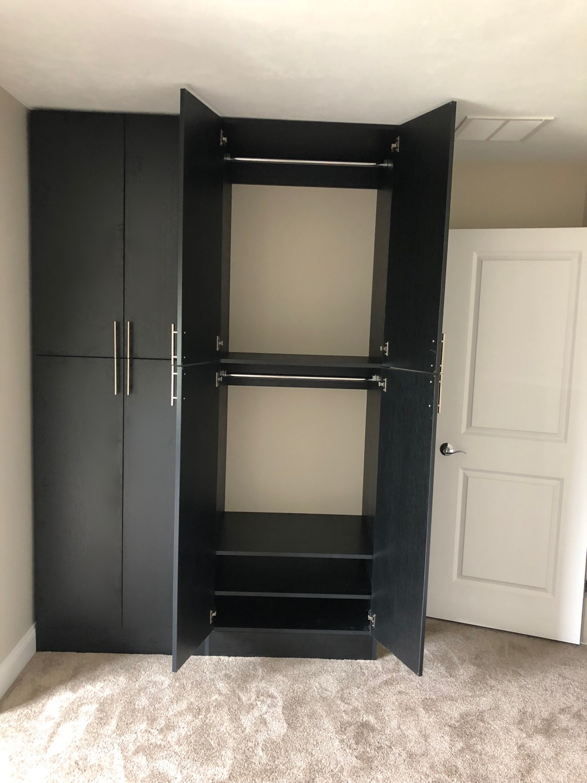 Midnight Live Flat Cabinets