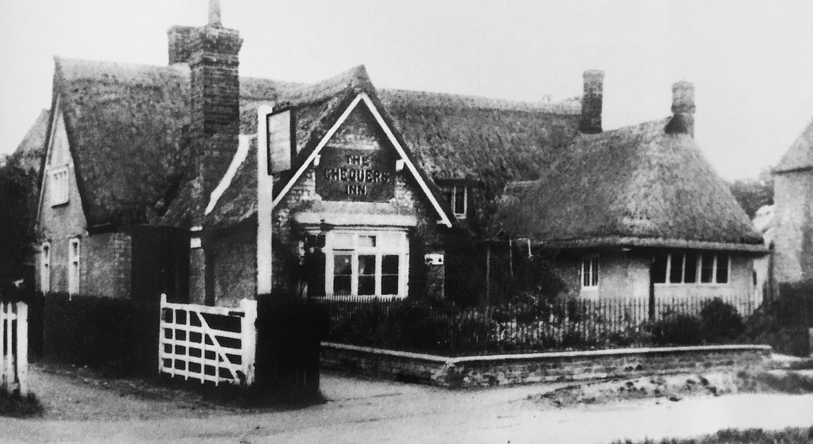 The Chequers Inn, Yelden, pre-1950