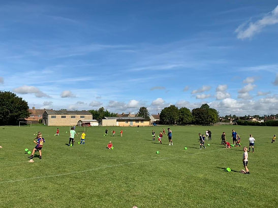Adam Bradley Football Coaching. Footbal coaching in Oxfordshire. School holiday football courses in Faringdon, Oxfordshire. Football coaching near Faringdon. Football coaching near Deddington.
