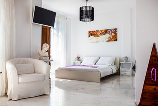 Deluxe Apartment (Rm5) open plan lowet l
