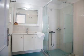 Superior (Veranda) bedroom shower.jpg