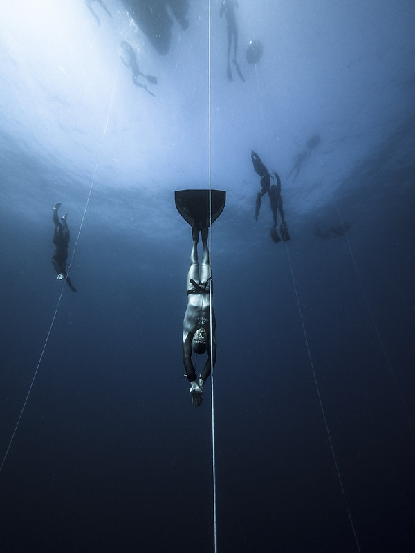 Underwater sport and athlete photography