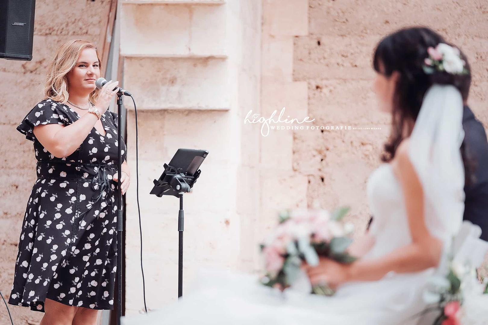Nora Brandenburger singt bei Hochzeit in Spanien, Mallorca
