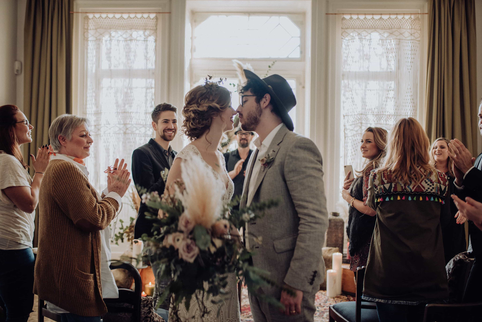 Bohemian Wedding, Traurednerin Nora Brandenburger