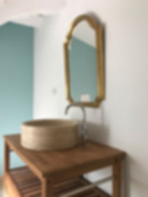 saunderson bathroom.jpg