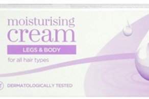 Nair Hair Removal Cream Moisturising effectively removes hair from legs, bikini area and underarms.