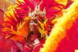 Não me leve a mal, deixe de ser chatx, hoje é carnaval