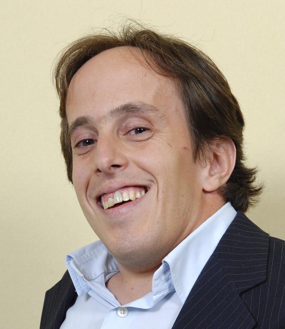 1 Olhar, Paulo Gustavo Ganime