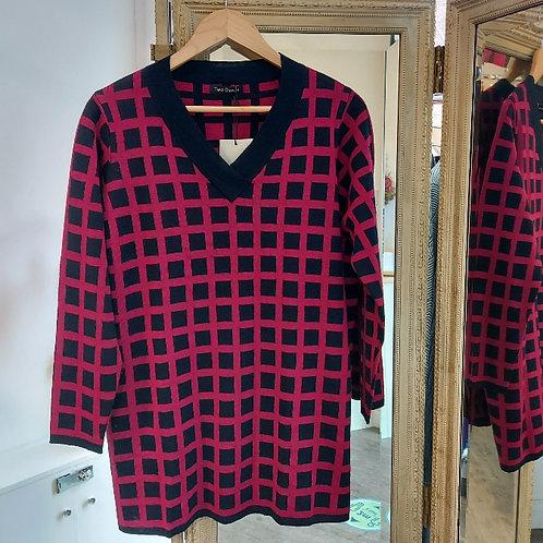 Two Danes Sweater - Mutzi