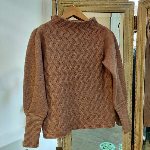 Sunday - Chunky cable sweater
