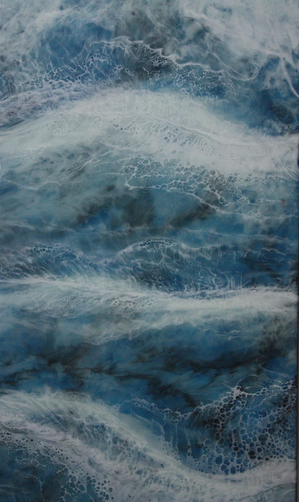 Beautiful resin art piece depicting the ocean waves from Elysian Designs, Lincoln.