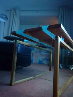 Elysian Designs 'Floating' table