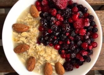 Colazione bilanciata, leggera e saziante? Porridge!