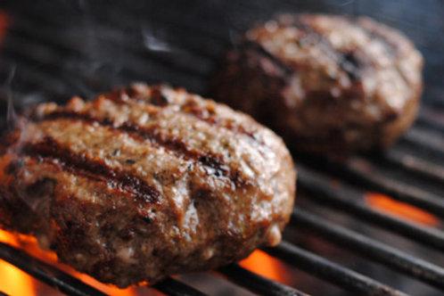 1lb Ground Beef & 1 lb Beef Bratwurst