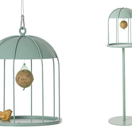 birdfeeders-1.jpg