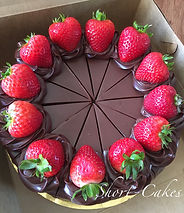 Chocolate Praline with Strawberries cheesecake