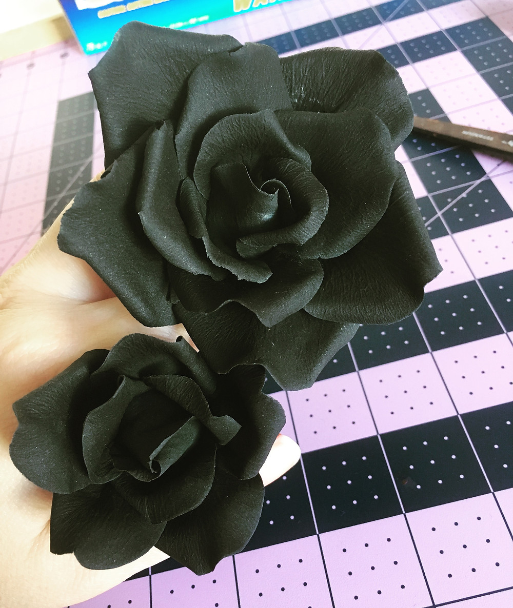 Black Sugar Rose Flowers