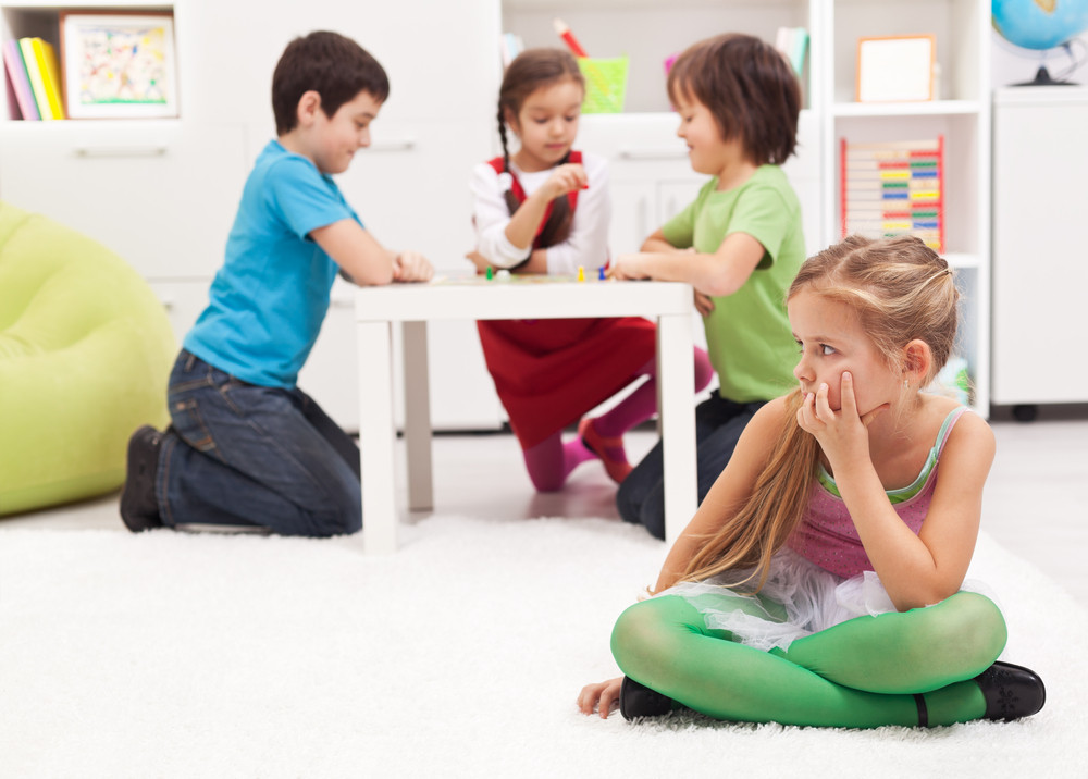 5 ways to handle feeling left out, for kids