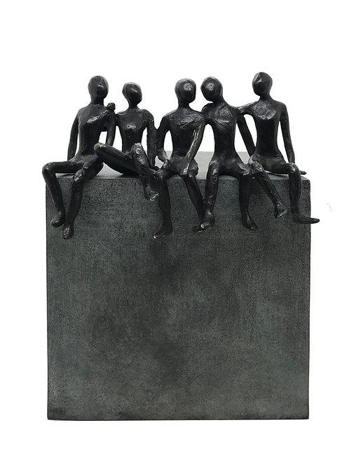 La bande de copains... 1/8 (version bleu gris) | 22x15x16cm