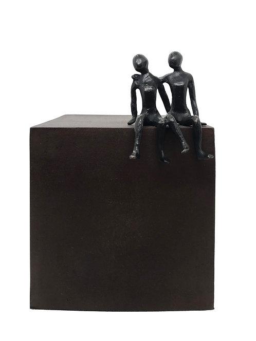 Les amoureux... 1/8 (version marron) | 22x15x16cm
