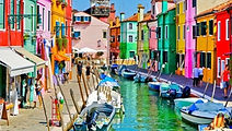 Belle, romantique et festive, « cité des Doges », ou encore « Reine de l'Adriatique », aucune ville au monde ne mérite peut-être autant que Venise le qualificatif d'unique. Lors de votre séjour, nous vous proposons une visite dans la colorée ville de Murano.