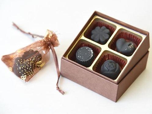 炭のチョコラ 〈脱臭 除湿 炭〉4個入り