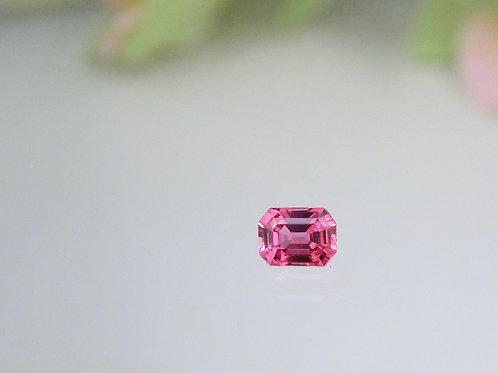 美麗な輝き☆ヴィヴィッドファンシーカラーサファイヤ 0.51ct