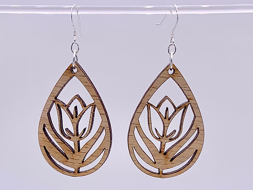 Geometric tulip earrings