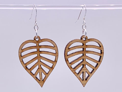Wide leaf earrings