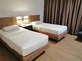 Premier Twin Bed1.jpg