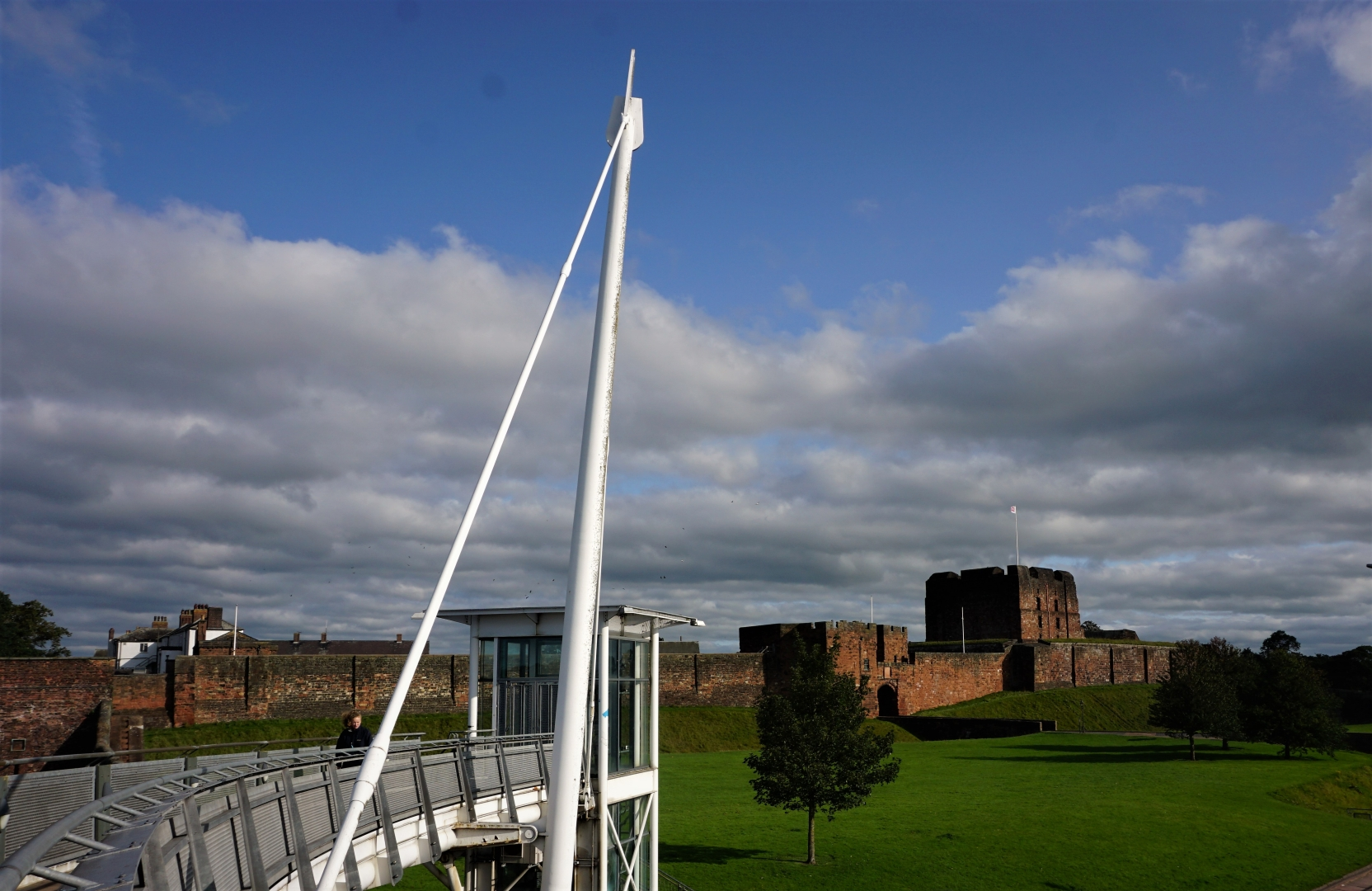 5237_Carlisle Castle From The Irish Brid