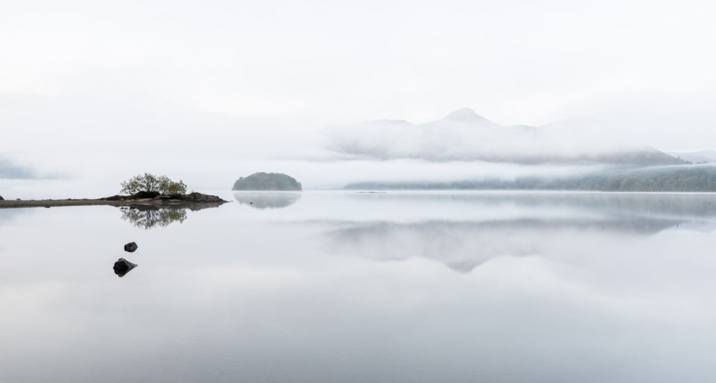 2930_Misty Morning Derwentwater_Fred Bel