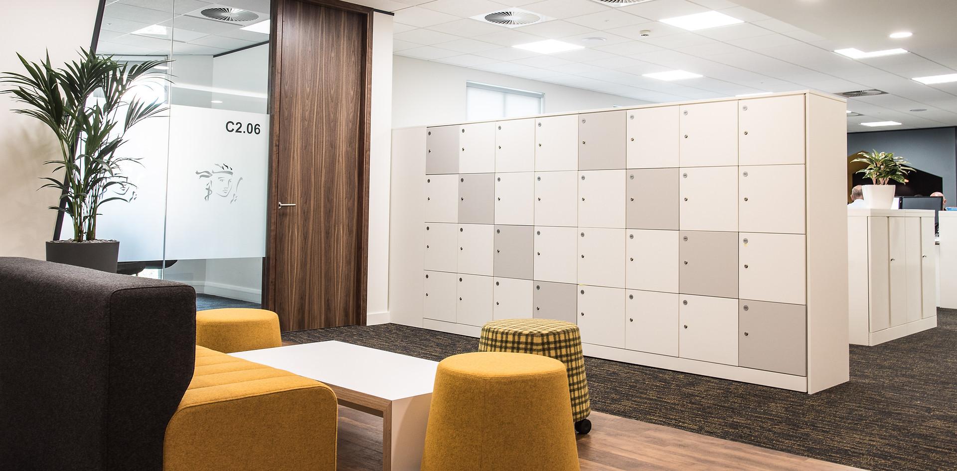 free standing agile workplace hot desk lockers key lock