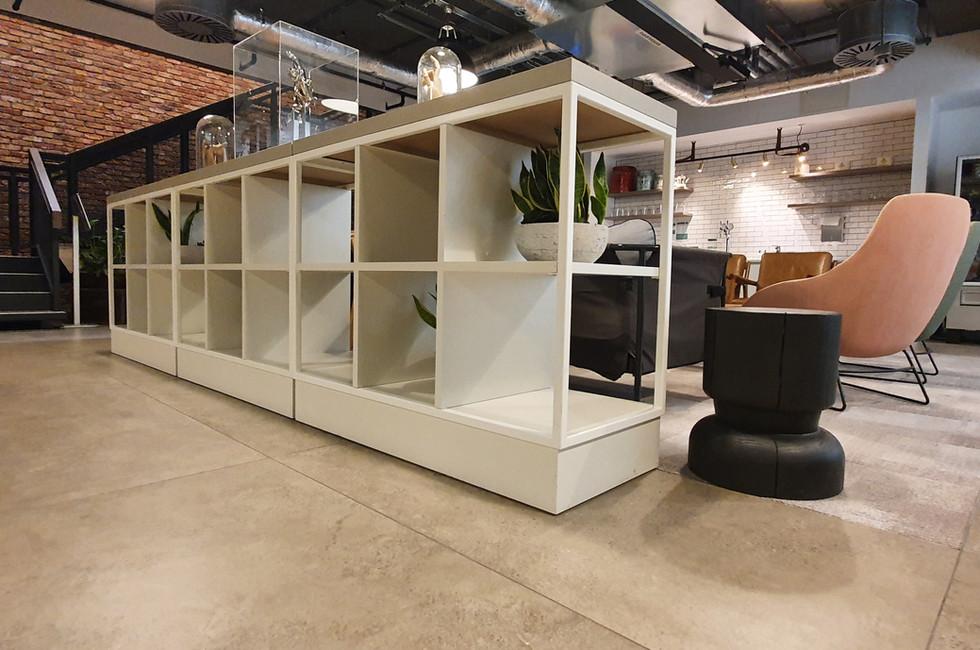 Room dividing low-level Konfigure Grid furniture.