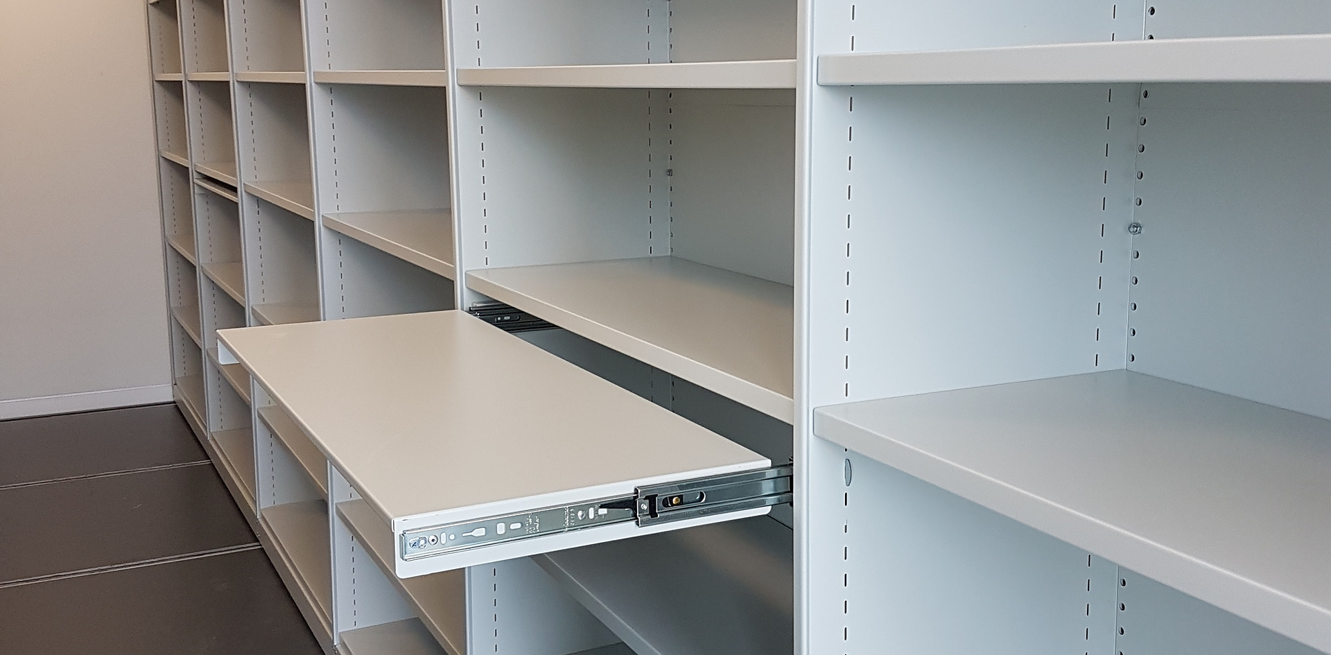 mobile roller racking high density storage pull out shelf