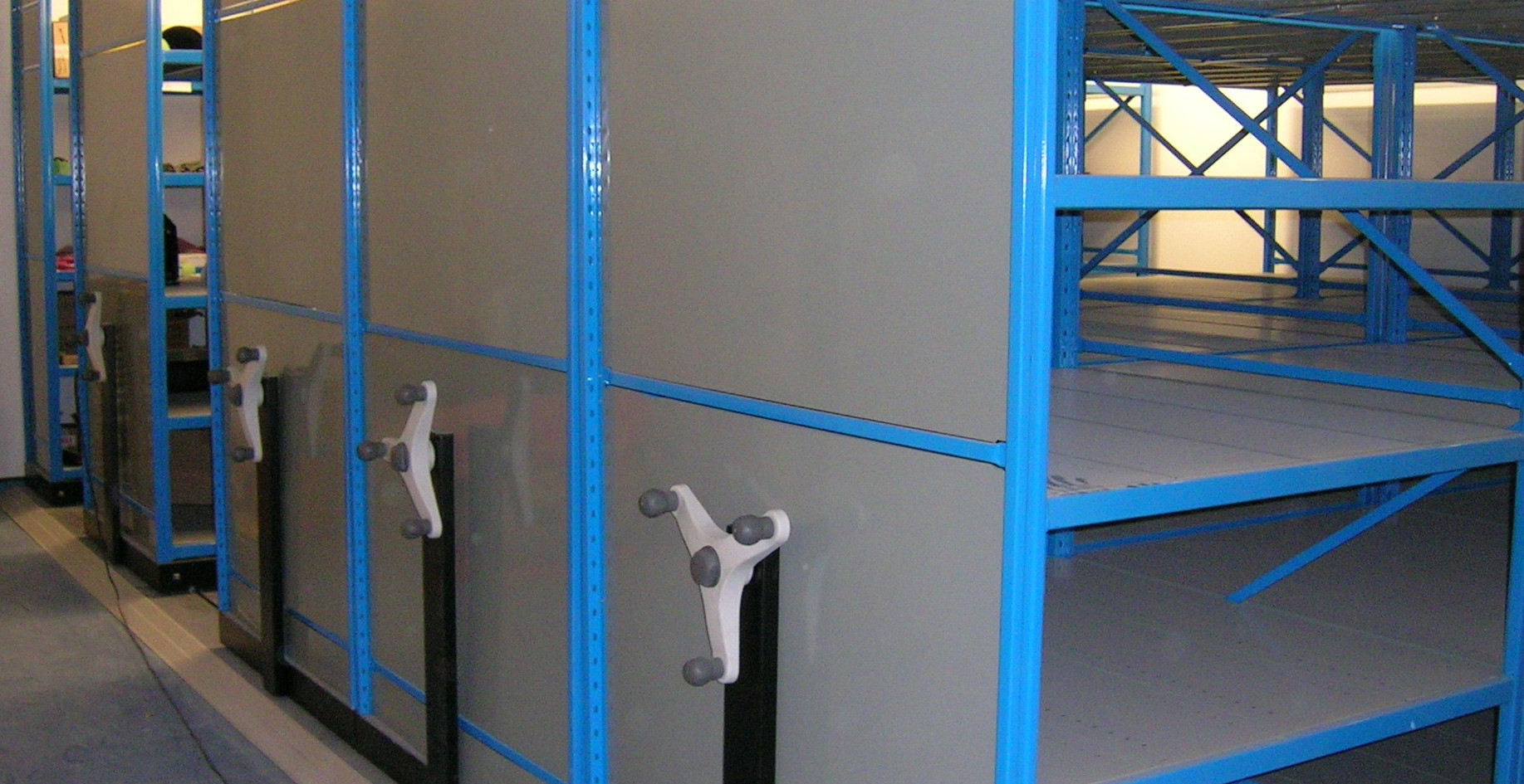 industrial roller mobile racking shelving storage