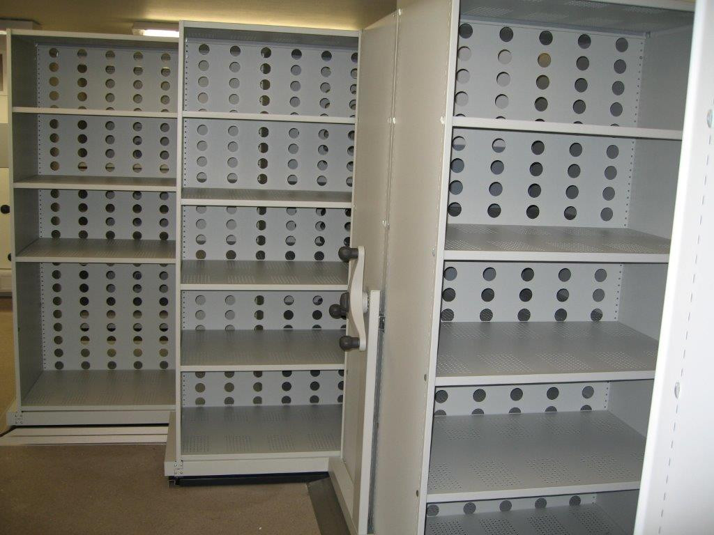mobile roller racking shelves medical archive storage perforated shelves