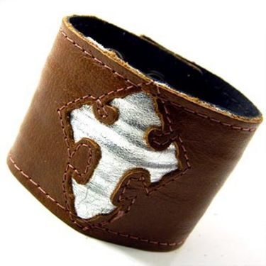 "2"" Celtic Leather Bracelet with money holder"