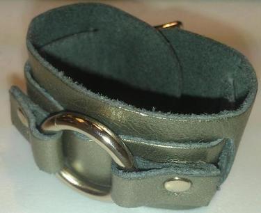 "1"" Single Ring Leather Bracelet"