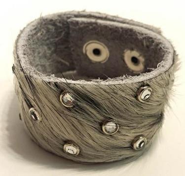"1"" Plain with Rhinestones Leather Bracelet"