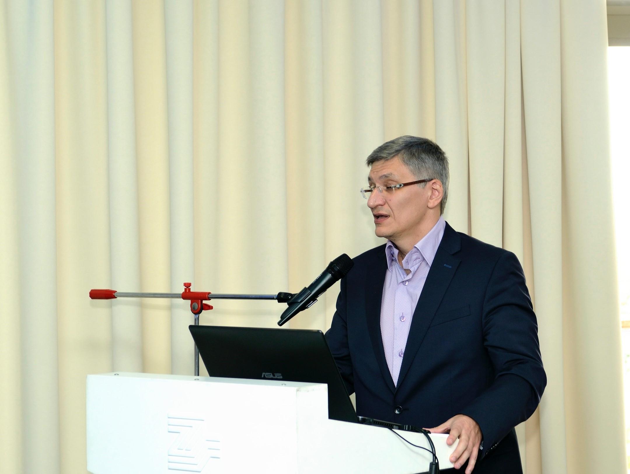 Алиханов А.А.