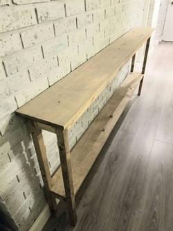 Long narrow entry table