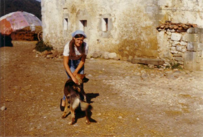 111.- 1971 - Delante de casa de Enrique