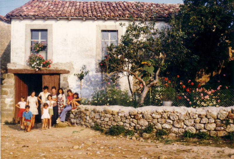 124.- 1972 aprox. - En casa de Piedad