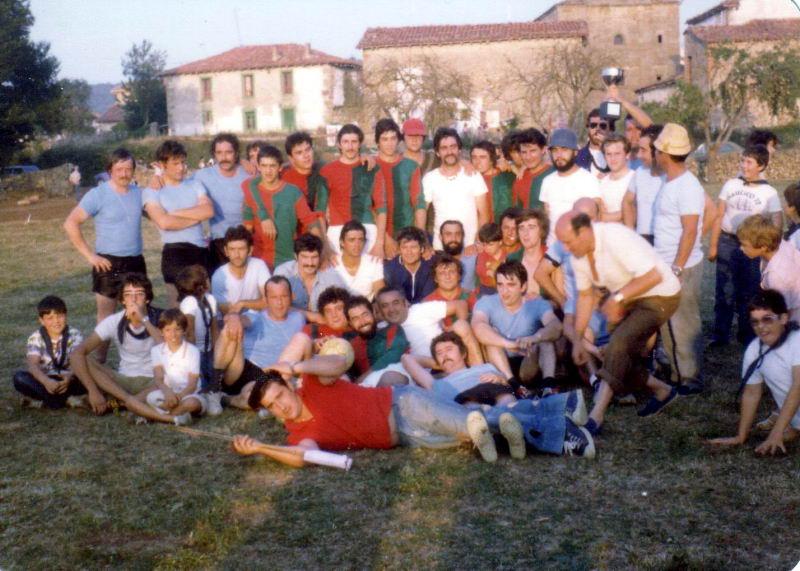 178.- 1979 - Equipo de solteros y casados