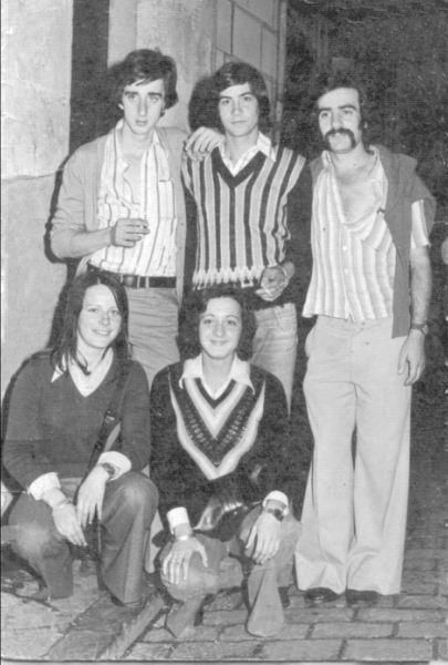 145.- 1976 - Fernando, Chomin, Loren, Uca y Ana