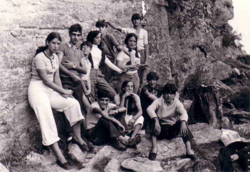 105.- 1970 aprox. - Jovenes de Quintanilla en Espinosa