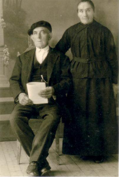 001.- 1914 aprox. - Tomas y Andrea