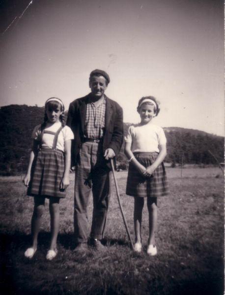 084.- 1966 aprox. - Patri, Inigo y Conchi