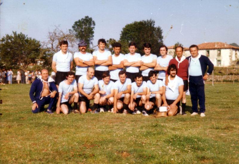 167.- 1977 - Equipo de los Casados